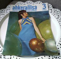 Ahkeraliisa-neulelehti Retro, Formal Dresses, Fashion, Formal Gowns, Moda, Fashion Styles, Formal Dress, Gowns, Fashion Illustrations