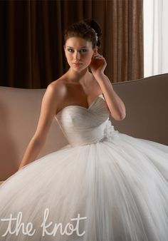 Bonny Bridal a-line, sweetheart, strapless, floor length wedding dress. Bonny Bridal Wedding Dresses, Tulle Wedding Gown, Tulle Ball Gown, Wedding Dress Styles, Bridal Gowns, Ball Gowns, Weeding Dresses, Ivory Wedding, Wedding Outfits