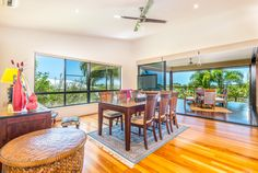 Real estate photography at Savannah Street Palm Cove. Flash/Ambient blending.