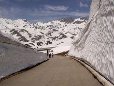 Gotthard Pass, Switzerland 6860 ft (2091m)