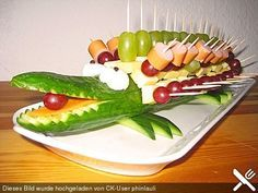Party Food Buffet, Brunch Buffet, Snacks To Make, Easy Snacks, Toddler Meals, Kids Meals, Food Carving, Snacks Für Party, Food Decoration