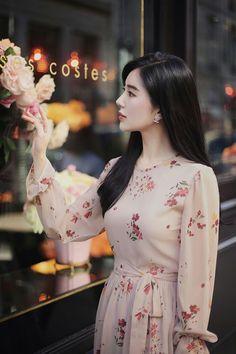 Simple Dresses, Cute Dresses, Beautiful Dresses, Casual Dresses, Prom Dresses, Hijab Fashion, Girl Fashion, Fashion Dresses, Fashion Design