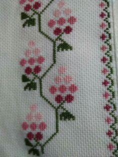 This Pin was discovered by Bày Cross Stitch Borders, Cross Stitch Flowers, Cross Stitching, Cross Stitch Embroidery, Hand Embroidery, Embroidery Designs, Cross Designs, Cross Stitch Designs, Cross Stitch Patterns