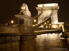 Chain Bridge over the Danube linking the Buda and Pest sides of #Budapest at night