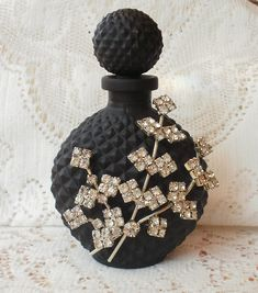 perfume_blackflowers1
