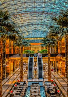The Avenues Mall Kuwait by Khalidinho . The Beautiful Country, Beautiful Places, Oh The Places You'll Go, Places To Visit, Qatar Travel, Dubai, Adventure Is Out There, Asia Travel, Where To Go