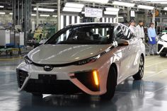 Hydrogen Fuel Cell Technology Gets A Big Boost Used Toyota, Toyota 4x4, Toyota Cars, Fuel Cell Cars, Eco Friendly Cars, Electric Cars, Zero, Trucks, Technology