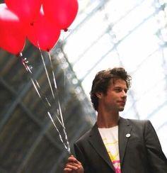 leon ockenden - Ahh red balloons, where's Jason!! XD