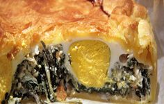 Placinta cu spanac si branza pentru masa de Paste Easter Pie, Easter Lunch, Ricotta, Easter Traditions, Easter Holidays, Spanakopita, Food Festival, Other Recipes, Italian Recipes