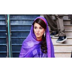 Reham khan very beautiful looking in blue dress