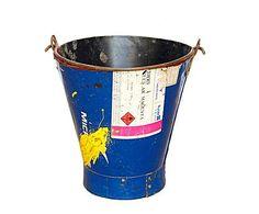 MUEBLES Y ACCESORIOS RECICLADOS: Caldero en metal reciclado – pequeño