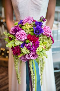 Bold blooms, www.theperfectpalette.com - Joanna Moss Photography, Umbrella Events, Maple Ridge Florist