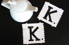 Portavasos con palitos de paleta / Blog de BabyCenter @Carolina Krupinska Llinás