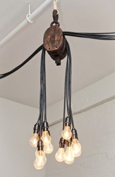 Industrial ceiling light fixture