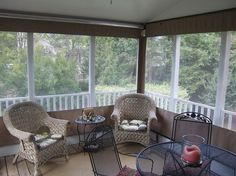 windschutz-terrasse-transparente-folienbehänge-aufrollbar