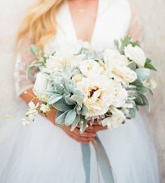 white desert bouquet