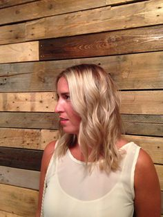 Root extension on highlighted blonde