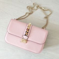 Valentino blush pink 'Glam Lock' bag  |  pinterest: @Blancazh