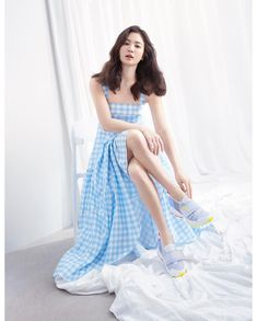 Song Hye Kyo, South Korea Song Hye Kyo is famous as one of the leading figure in the Hallyu star, the Korean phrase for artists who got international recognition. Song Hye Kyo Style, Dramas, Korean Celebrities, Korean Actresses, Beautiful Asian Girls, Timeless Beauty, Kpop Girls, Asian Woman, Korean Girl