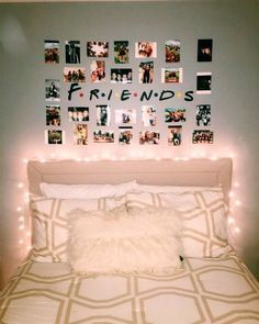 Small room bedroom - 55 cute girls bedroom ideas for small rooms that will make you feel good 10 Small Room Bedroom, Cozy Bedroom, Home Decor Bedroom, Small Rooms, Bedroom Wall, Box Room Bedroom Ideas, Master Bedroom, Childrens Bedroom, Bedroom Girls