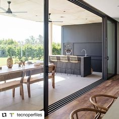 """1,054 Me gusta, 11 comentarios - Portal de Arquitectos (@portaldearquitectos) en Instagram: """"#Repost @tecnoperfiles • • • • • • La eficiencia energética en los ambientes, se convierte en una…"""" Windows, Patio, Instagram, Outdoor Decor, Room, Furniture, Home Decor, Environment, Energy Conservation"""