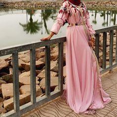"1,129 Likes, 3 Comments - Salam Agha |  (@pinky.heejab) on Instagram: "" #pinkheejab #hijabblog #pinkyhijab #hijabfashion #myhijab #hijabmuslim #hijaboutfits…"""