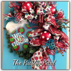 Christmas Wreath, Christmas Mitten Decoration, Christmas Decoration