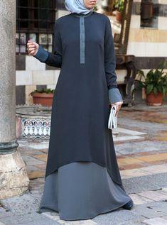 Hi-Lo Double Layered Abaya Modest Long Dresses, Plus Size Formal Dresses, Muslim Women Fashion, Islamic Fashion, Abaya Fashion, Fashion Dresses, Modern Hijab Fashion, Women's Fashion, Jersey Maxi Skirts