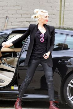 How To Dress Like Gwen Stefani
