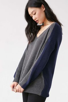 BDG Billie Colorblock V-Neck Sweater