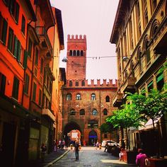 It's official. I'm in love with Bologna. With views like this down the city streets, what's not to love? - Instagram by dante8