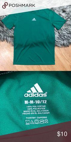 ⭐️Green adidas logo top Adidas logo top. Size medium. #49 adidas Tops Tees - Short Sleeve