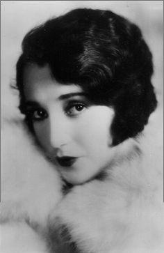 Bebe Daniels - 1920's - @~ Mlle