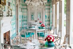 the Suján Rajmahal Palace, the luxury Jaipur hotel whose energizing interiors- refreshing blues, pulsating pinks, and pattern galore- are sure to give you a visual start.