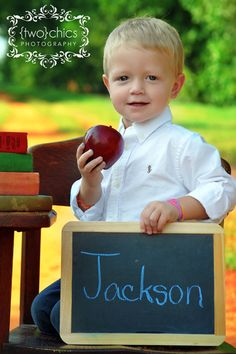 Back-to-School photography ideas.  Write the grade instead of the name for 1st day of school