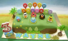pictures of anger birds birthday cakes | Jenn Cupcakes & Muffins: Angry Bird Birthday theme Cake