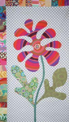 FOLK ART FLOWER - Kim McLean Flower garden Block
