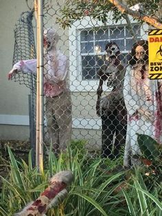 PVC Zombies and Fence Halloween Decoration : 8 Steps (with Pictures) - Instructables Zombie Halloween Decorations, Zombie Halloween Party, Halloween Fence, Theme Halloween, Halloween Home Decor, Outdoor Halloween, Halloween House, Holidays Halloween, Halloween Ideas