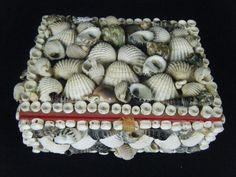 Vintage Seashell Sailor's Valentine Lidded Trinket Jewely Box Red Velvet Lined