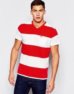 Seje Hollister T-Shirt with Multi Stripe V Neck - Red Hollister T-Shirts & Veste til Herrer til hverdag og til fest