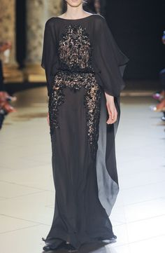 Losala's gown....the provocative placing of the lace truly suits her.
