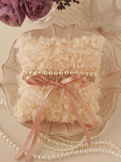 perle fraise| ウェルカムボードやリングピローなど、ブライダルグッズ|joie de design WEDDING