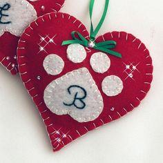 Make Your Own Felt Christmas Tree! Ornament Crafts, Handmade Ornaments, Valentine Crafts, Felt Crafts, Handmade Christmas, Holiday Crafts, Valentines, Heart Ornament, Handmade Felt