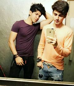 Zainiimemon Beautiful Eyes Images, Best Profile Pictures, Boys Dps, Smart Boy, Girl Drawing Sketches, Swag Boys, Cute Boys Images, Boy Poses, Stylish Boys