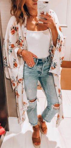 Outstanding Spring Outfits That Always Looks Fantastic, Summer Outfits, white and black floral sleeveless dress Fashion Mode, Look Fashion, Trendy Fashion, Womens Fashion, Trendy Style, White Fashion, Ladies Fashion, Trendy Outfits, Cute Outfits