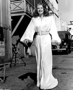 °gilda° Rita Hayworth on the set of Gilda