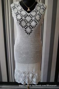 Biała sukienka mini, robiona ręcznie szydełkiem, rozmiar S