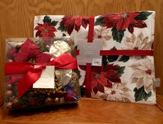Set of Poinsettia placemats with Holiday Potpourri