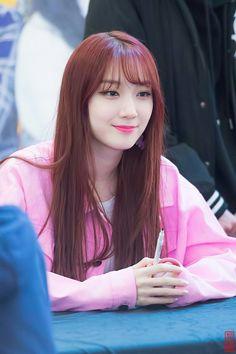 dedicated to female kpop idols. Extended Play, South Korean Girls, Korean Girl Groups, Pristin Roa, Kim Min Kyung, Pledis Girlz, Korean Wave, Sailor Mars, Girls World