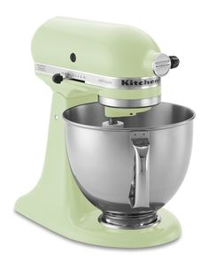 KitchenAid Artisan Stand Mixer in Pistachio